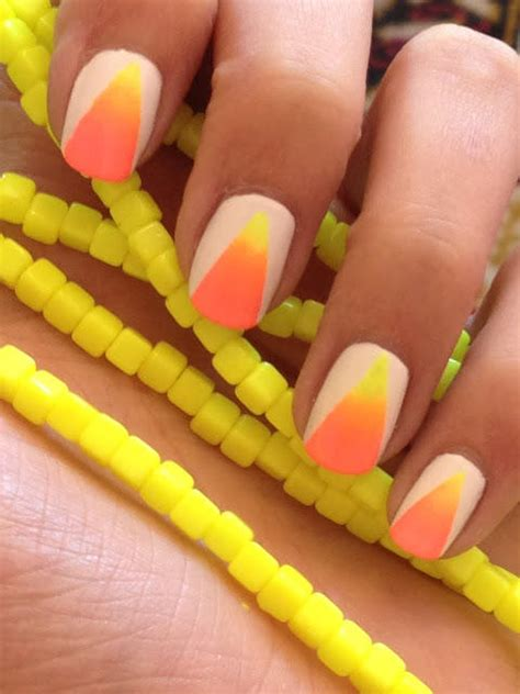 Simple Nail by 17 Simple Nail Designs Even A Nail Newbie Can Do More