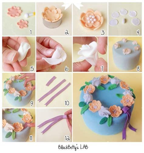 fiori pasta zucchero come realizzare una ghirlanda di fiori tutorial cake