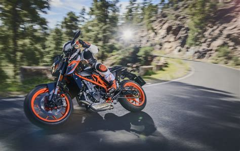 Ktm Duke 690 Enduro Review On 2016 Ktm 690 Enduro R Motorcycle Review And