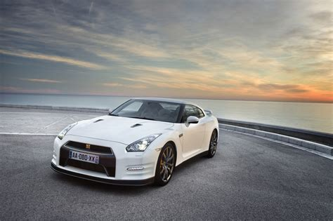 Nissan Gtr 2012 by 2012 Nissan Gt R Egoist For The Luxury In You