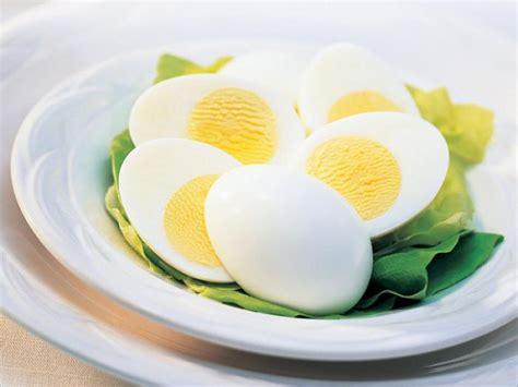 come si cucina un uovo sodo l arte di cuocere un perfetto uovo sodo
