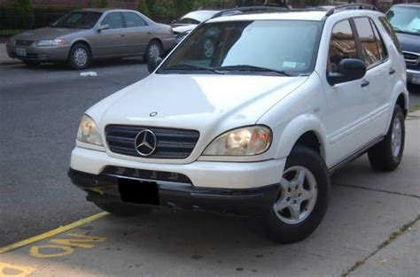 old car owners manuals 1998 mercedes benz m class seat position control service manual 1998 mercedes benz m class head removal 1998 05 mercedes benz m class