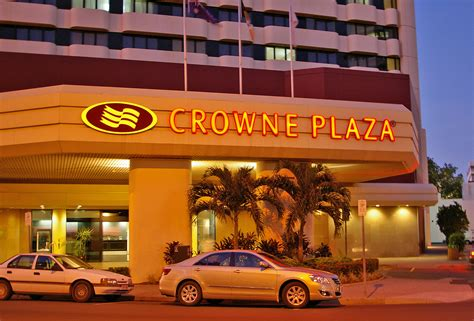 crown plaza hotels in milwaukee images frompo