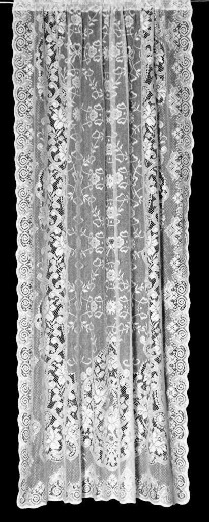 Victorian Lace Curtain Panels (Gathered) de 2019 | Rendas