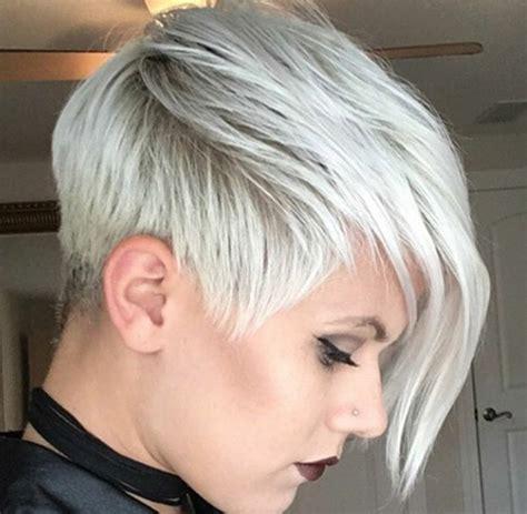 coupes courtes blondes   de coupes courtes pour