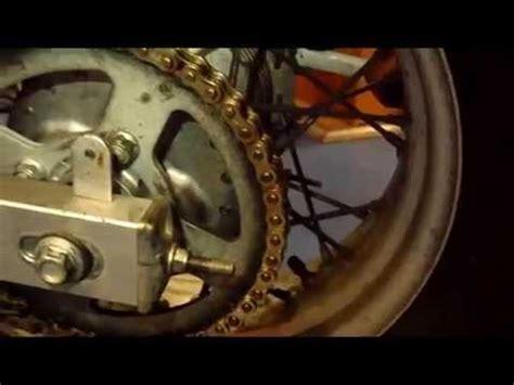 tensar cadena moto ybr 125 como cambiar el kit de arrastre de una moto funnycat tv