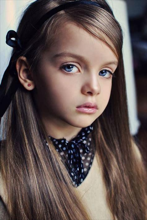 illegal little 12 old models 4岁超模米兰 183 库尔尼科娃私房萌照 秒杀所有女明星 高清 娱乐 国际在线