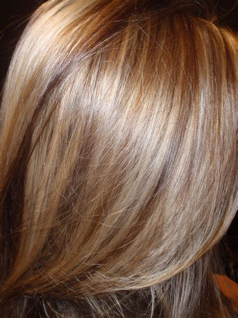 low light hair coloring pictures light blonde with caramel highlights hi lights low