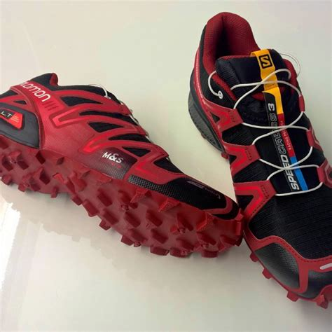 i got new shoes on my ride i got new shoes newtrainingshoes salomonrunning simon