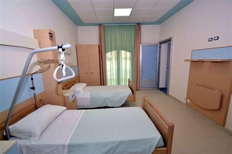 posti letto ospedali sanit 224 in sicilia tagliati 700 posti letto negli ospedali