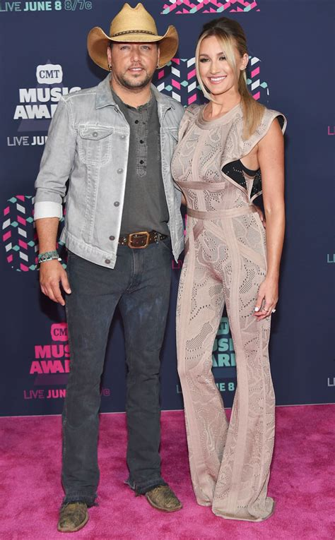 2016 jason aldean wife bongo celebrity 187 country music award 2016