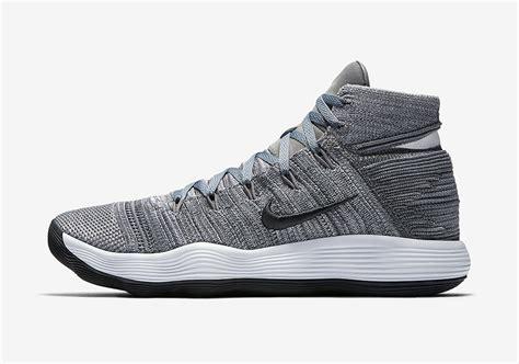 Sepatu Basket Nike Hyperdunk 2017 High Flyknit Black nike hyperdunk 2017 flyknit cool grey 917726 007 sneakernews