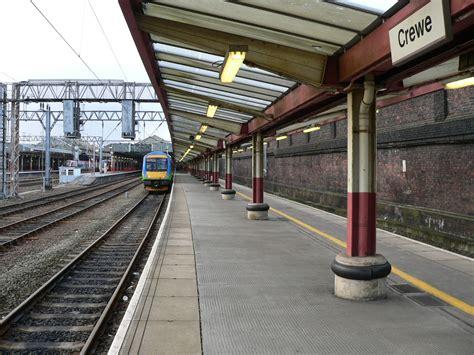 from the platform 2 file platform 2 at crewe railway station jpg wikipedia