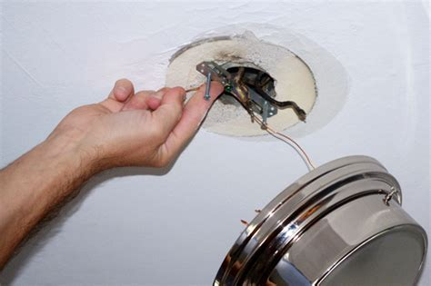 Ceiling Light Ground Wire How To
