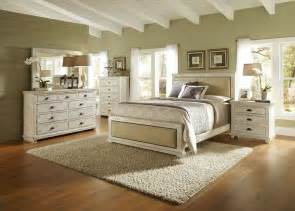 Distressed Bedroom Set White Distressed Bedroom Furniture Dream Spaces Pinterest