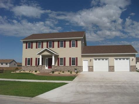 What Is A Colonial House Affinity Builders Grand Forks Nd Gallery