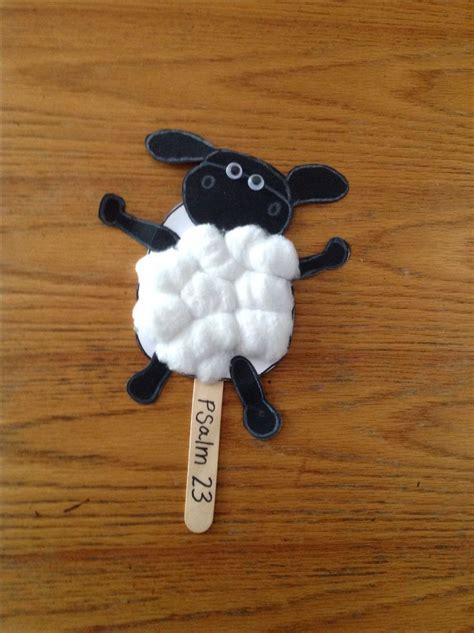 sheep craft 25 best ideas about preschool bible crafts on