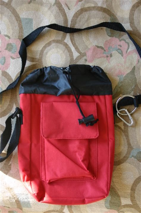 aarp portable insulated wine cooler bag red black