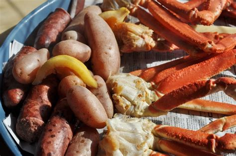 cajun boiled snow crab legs food goodness pinterest