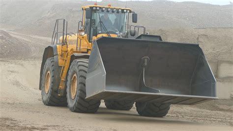 volvo big big volvo l350f wheel loader working in gravel