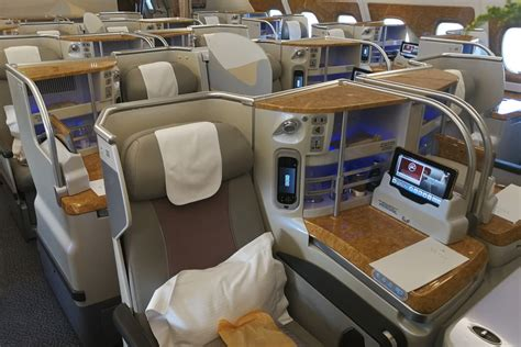business class cabin emirates class cabin emirates a380 28 images emirates a380
