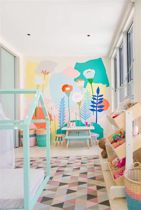 decorar zapatos juego mural infantil de flores en el cuarto de juegos
