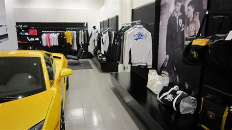 Lamborghini Store by A Visit To The Lamborghini Store Chow Dot