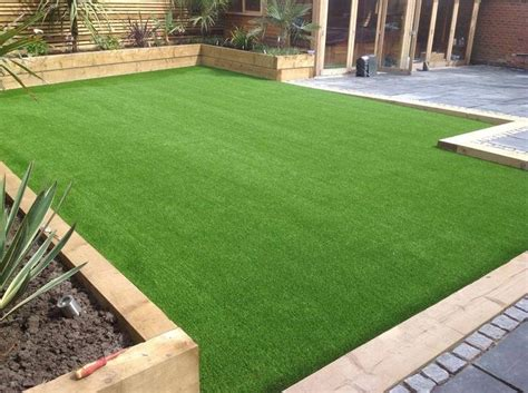 Astro Turf Backyard by Best 25 Grass Ideas On Artificial Grass