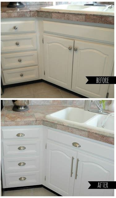 easy way to paint kitchen cabinets livelovediy how to paint kitchen cabinets in 10 easy steps