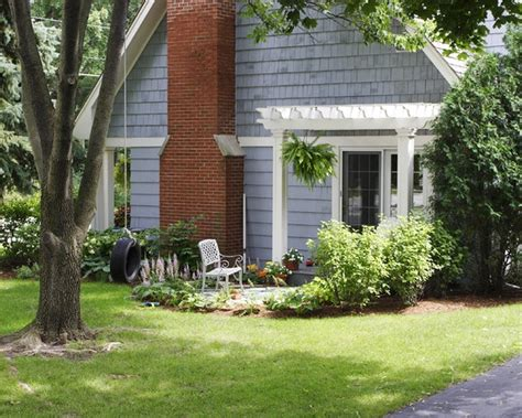Cape Cod Landscaping Ideas Patio Exterior Quot Cape Cod Quot Small Design Pictures Remodel Decor And Ideas Page
