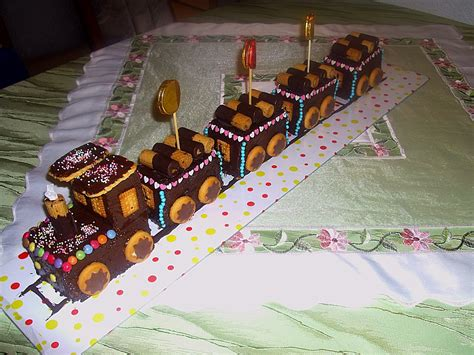 zug kuchen kindergeburtstag kuchen verzieren zug alle guten ideen 252 ber die ehe