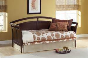 Design For Daybed Comforter Ideas Bedroom Stylish Daybed Bedding Sets And Daybed With Curtain Design Also Interior Paint Ideas