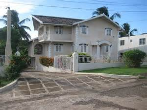 3 Bedroom House For Sale In Kingston Jamaica House For Sale In Green Acres St Catherine Jamaica