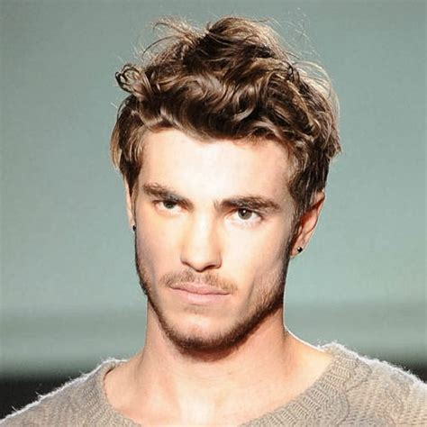 Hairstyles Mens Wavy by Bcn Hairstyles Wavy Mens Hairstyles