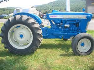 antiquetractorsrus restored antique tractors photos