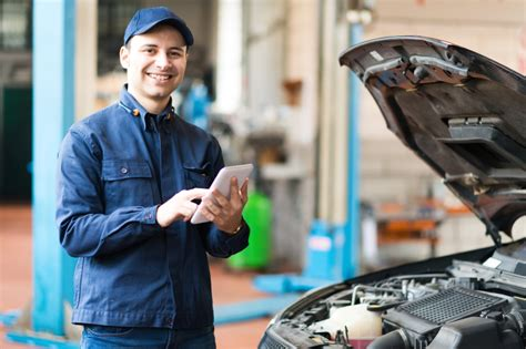 Automotive Service Advisor by Above Beyond How A Automotive Service Advisor Becomes Great