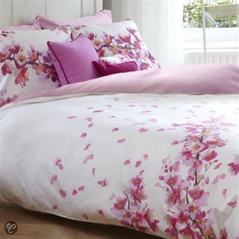 dekbedovertrek pioenroos bol bluebellgray emmi dekbedovertrek pink lits