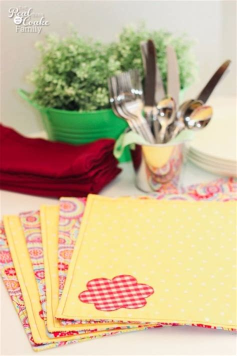 sewing craft ideas for 55 sewing projects to make and sell diy