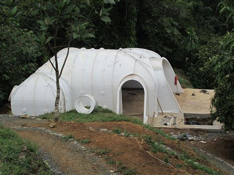 company builds pre fab hobbit houses in 3 days and you can actually live there bored panda