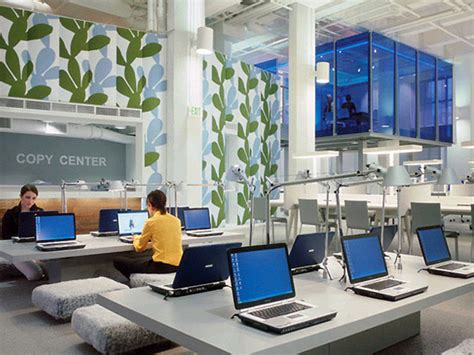 03 fabulous fashion campus with cozy computer room design