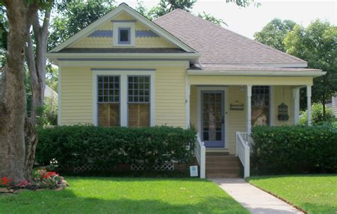 yellow house exterior historic paint colors on pinterest yellow