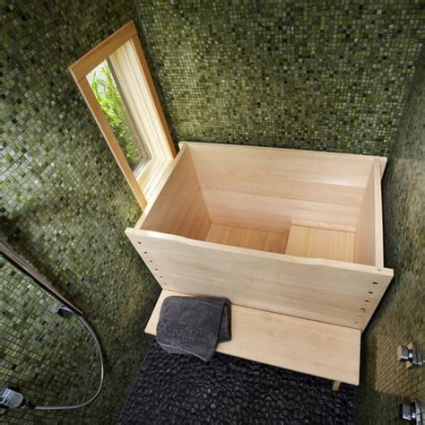 Small Japanese Bathtub by 17 Best Ideas About Japanese Soaking Tubs On Small Soaking Tub Wooden Bathtub And