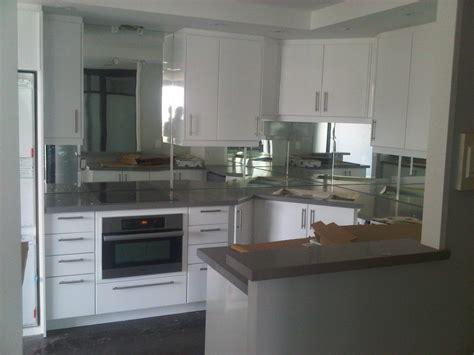 mirror tiles for kitchen backsplash tile design ideas