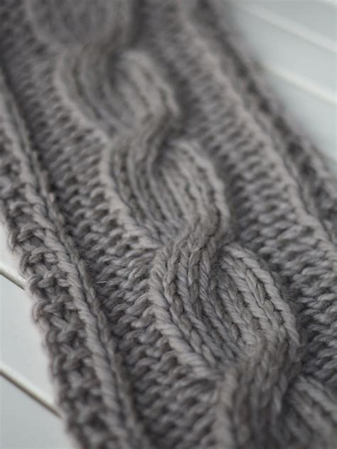 free easy cable scarf knitting patterns knitting patterns galore big cable scarf