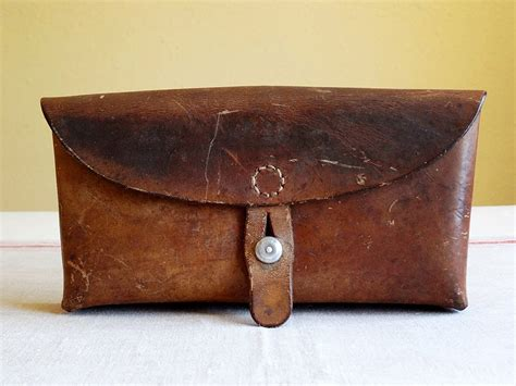vintage swiss ammo pouch leather with belt loops great