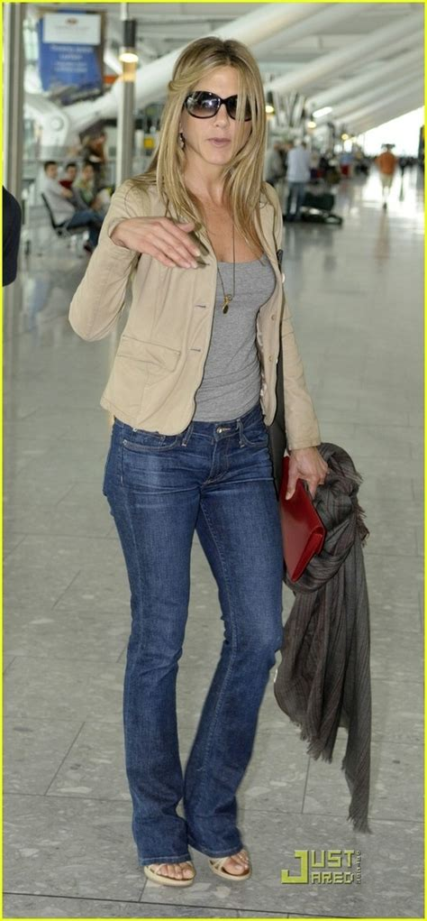 jennifer aniston casual 17 best images about aniston style on pinterest jennifer