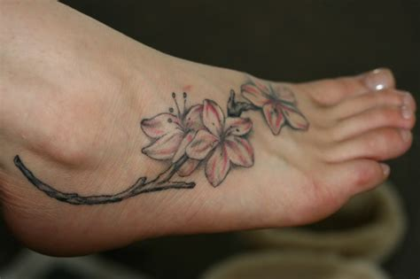 pretty foot tattoo designs foot tattoos foot tattoos design