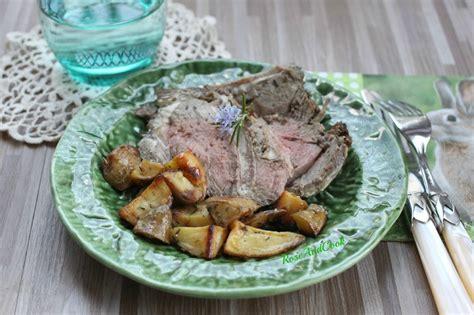 cuisiner le gigot d agneau gigot d agneau au miel et pommes de terre rattes du