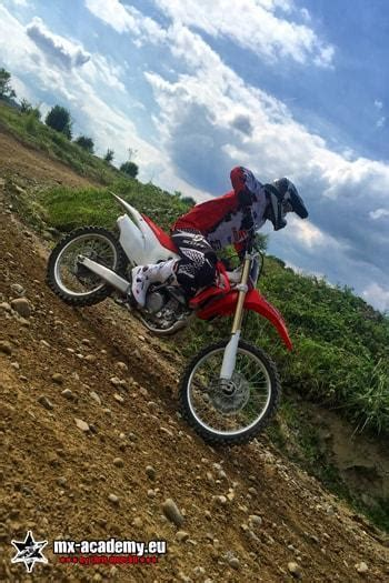Motorrad Fahren Gefahren by Motocross Enduro Dirtbike Fahren Mx Academy Motorrad