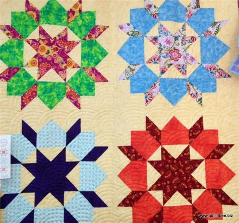 top 879 ideas about swoon carpenter wheel quilt patterns on quilt wheels and